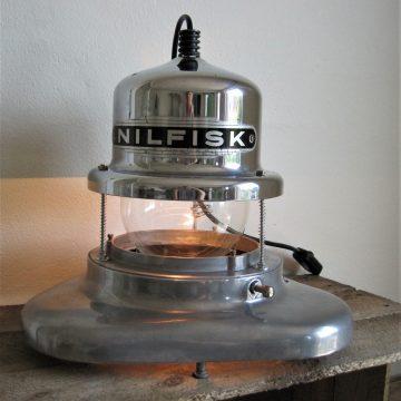 Nilfiskbordlampe