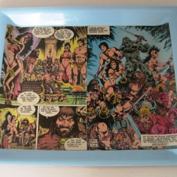 Tray with comic decoupage
