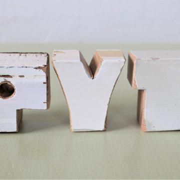 Træbogstaver PYT